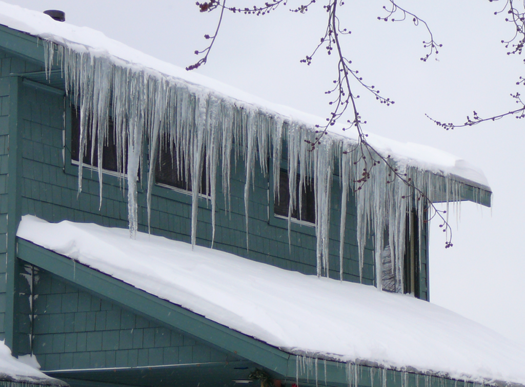 How The Gutter Topper Gutter Cover Can Help Defeat Ice