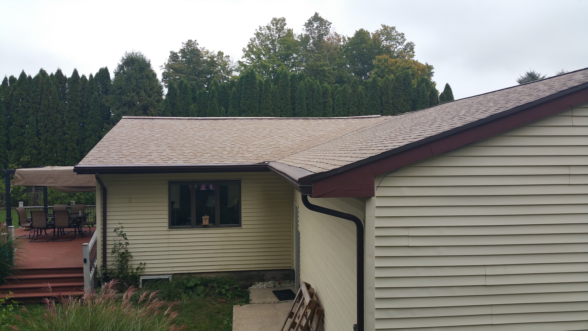 Dowagiac Michigan Seamless Gutter Amp Gutter Topper Project