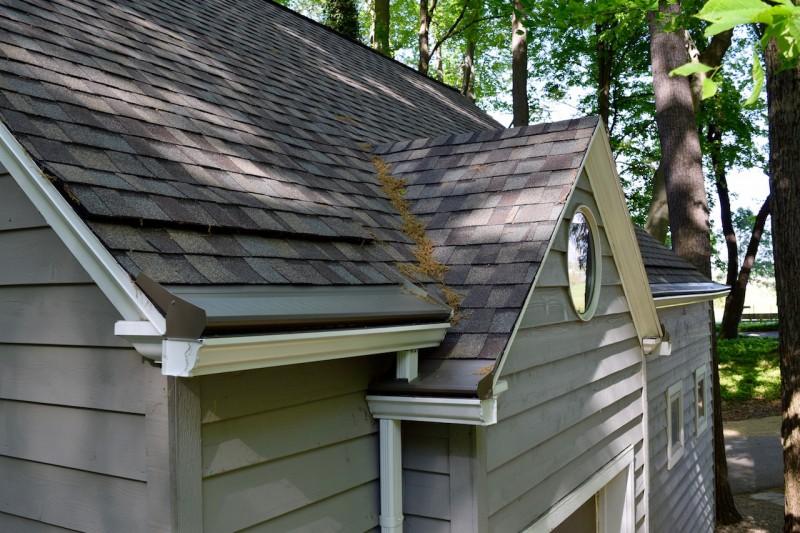 Benton Harbor Michigan Roof Ventilation Seamless Gutter