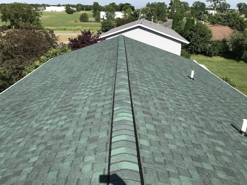 dennison exterior solutions u0026 gutter topper certainteed landmark hunter green 30 year shingles with white