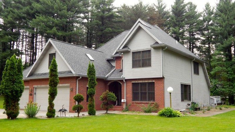 Roofing & Gutter Repairs in Dowagiac MI